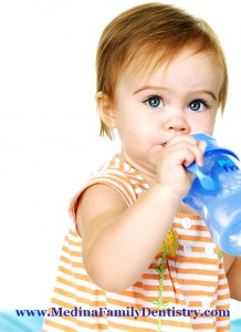 baby-drinking-from-sippy-cup-